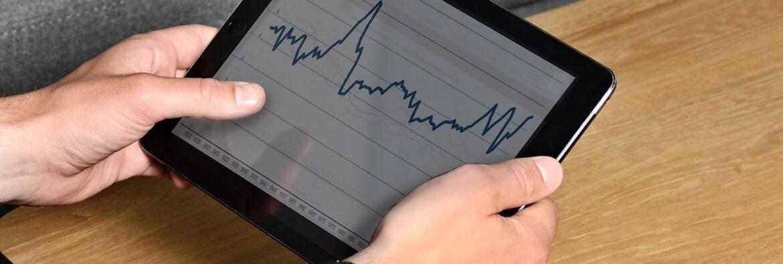 iPad med graf - Aarhus Mæglerne